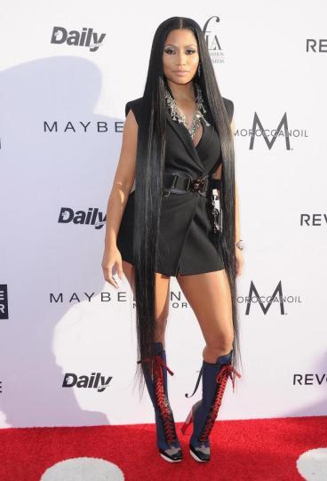 Nicki Minaj in Versace Spring 2017-1