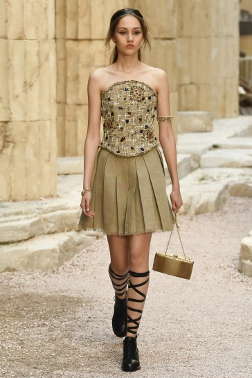 Chanel Resort 2018 Look 78