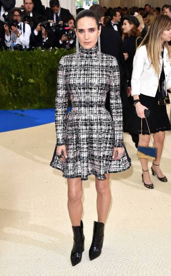 Jennifer Connelly in Louis Vuitton