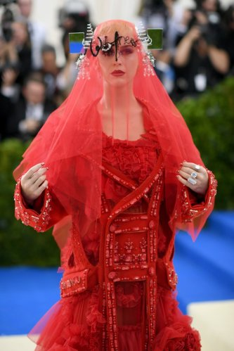 Katy Perry in Maison Margiela Spring 2017 Couture-3