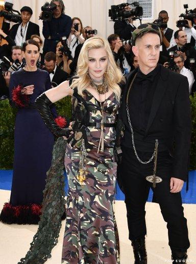 Madonna in Moschino-2