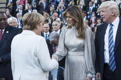 Melania Trump in Dolce & Gabbana Fall 2017-2