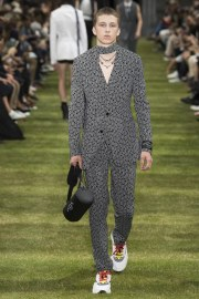 Dior Homme Spring 2018 Menswear Look 16