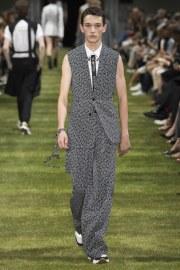 Dior Homme Spring 2018 Menswear Look 17