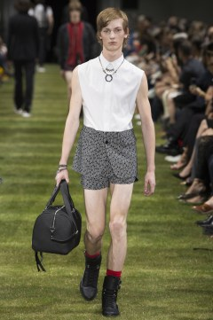 Dior Homme Spring 2018 Menswear Look 19
