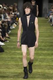 Dior Homme Spring 2018 Menswear Look 2
