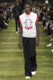 Dior Homme Spring 2018 Menswear Look 22