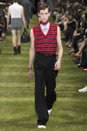 Dior Homme Spring 2018 Menswear Look 27
