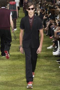 Dior Homme Spring 2018 Menswear Look 31