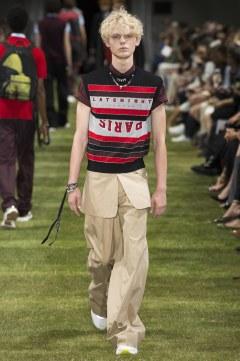 Dior Homme Spring 2018 Menswear Look 33