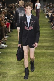 Dior Homme Spring 2018 Menswear Look 36