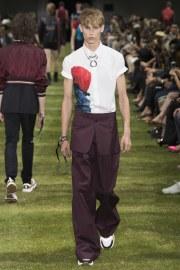 Dior Homme Spring 2018 Menswear Look 37