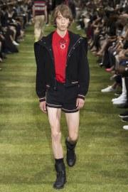Dior Homme Spring 2018 Menswear Look 41