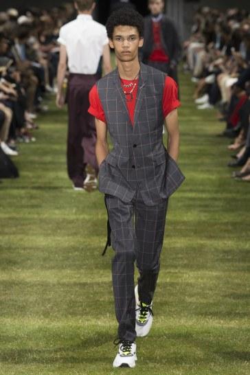 Dior Homme Spring 2018 Menswear Look 45