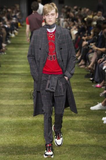 Dior Homme Spring 2018 Menswear Look 46