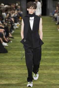 Dior Homme Spring 2018 Menswear Look 7