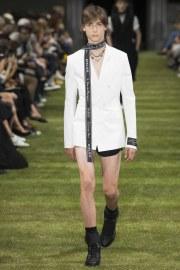 Dior Homme Spring 2018 Menswear Look 8