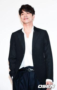 Gong Yoo in Louis Vuitton-6