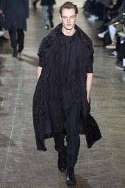 Issey Miyake Fall 2017 Menswear-3