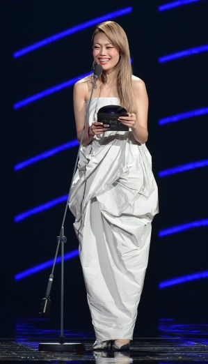 Joey Yung in Rick Owens Tangle Gown-1