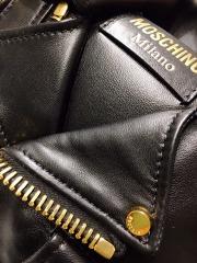 Moschino Detail-5