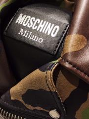 Moschino Detail-8