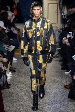 Moschino Pre-Fall 2017 Look 58
