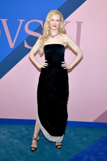 Nicole Kidman in Oscar de la Renta Fall 2017
