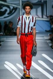 Prada Spring 2018 Menswear Look 27