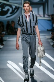 Prada Spring 2018 Menswear Look 28