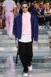 Versace Spring 2018 Menswear Look 22