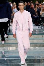 Versace Spring 2018 Menswear Look 23