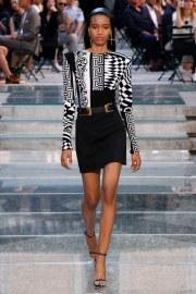 Versace Spring 2018 Menswear Look 43