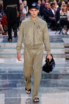 Versace Spring 2018 Menswear Look 46