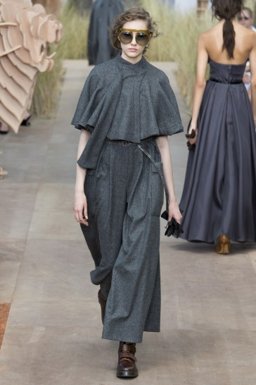 Christian Dior Fall 2017 Couture Look 13
