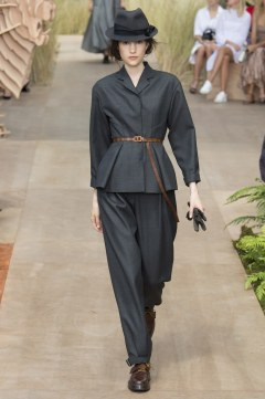 Christian Dior Fall 2017 Couture Look 7