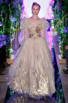 Guo Pei Fall 2017 Couture Look 10