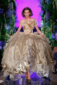 Guo Pei Fall 2017 Couture Look 29
