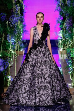 Guo Pei Fall 2017 Couture Look 31