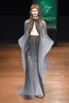 Iris van Herpen Fall 2017 Couture Look 6