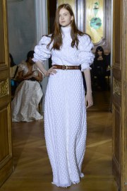 Ronald van der Kemp Fall 2017 Couture Look 2