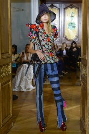 Ronald van der Kemp Fall 2017 Couture Look 24