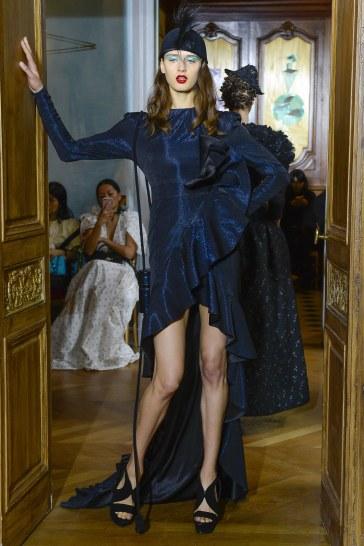 Ronald van der Kemp Fall 2017 Couture Look 25