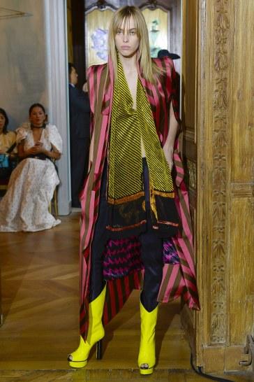 Ronald van der Kemp Fall 2017 Couture Look 32