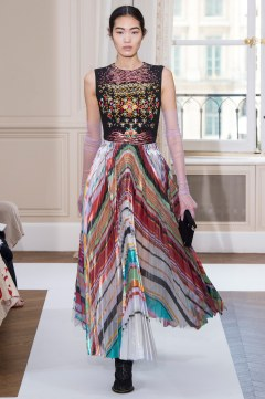 Schiaparelli Fall 2017 Couture Look 20