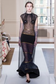 Schiaparelli Fall 2017 Couture Look 22