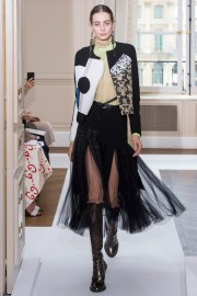 Schiaparelli Fall 2017 Couture Look 8