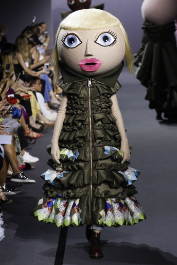 Viktor & Rolf Fall 2017 Couture Look 12