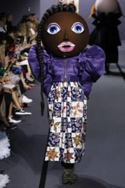 Viktor & Rolf Fall 2017 Couture Look 17