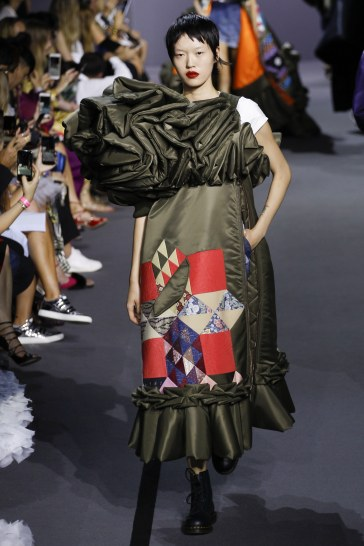 Viktor & Rolf Fall 2017 Couture Look 38